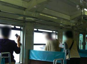 窓が開く列車で注意すべき事