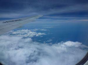 飛行機はインドシナ半島へ