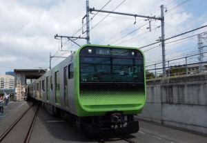 新しい山手線E235系